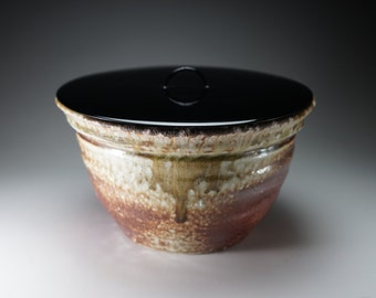 Shigaraki, anagama, ten-day anagama wood firing, with natural ash deposits bowl. bowl-71