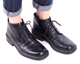 Black ANkle Boots 90s Brogue Derby Boot Grunge Lace Up EUROPEAN BOOTS Black Real Leather Made in Italy wom Us 9.5, Men Us 7.5,  Eur 40, UK 7