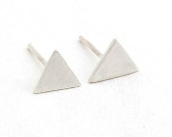 Tiny studs Triangle studs Triangle stud earrings Geometric earrings Triangle earrings Tiny stud earrings silver Tiny stud earrings Minimalis