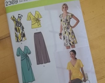 Uncut Simplicity 2369 - Misses Womens Knit Dress in Two Lengths or Tunic and Pants - Size 8-16