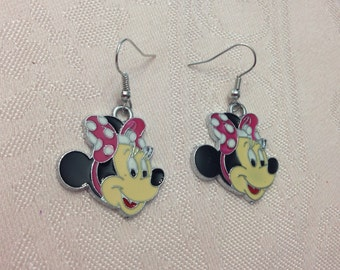 Minnie Mouse Disney Earrings