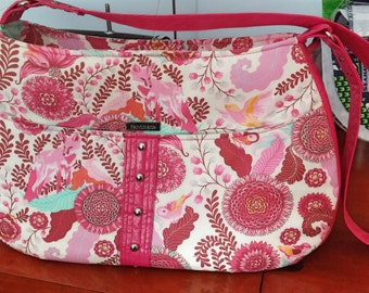 Daytripper Bag in Tula Pink Fabric, Pink Vinyl
