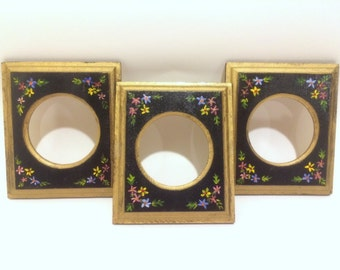 Hand painted wood photo frame (Set of 3)