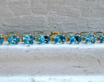 Bright Beautiful Vintage 14K Yellow Gold Blue Topaz Gemstone Bracelet - 18.00ct.