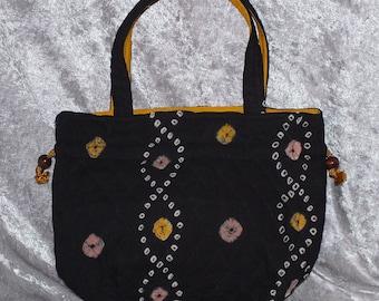 Black Quilt Stitch Bag