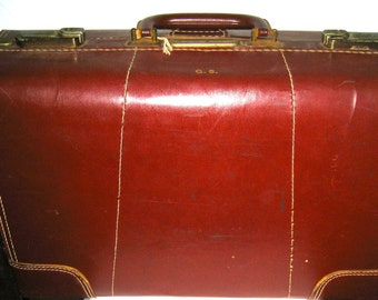Vintage 40s 50s leather suitcase travel luggage with storage compartments