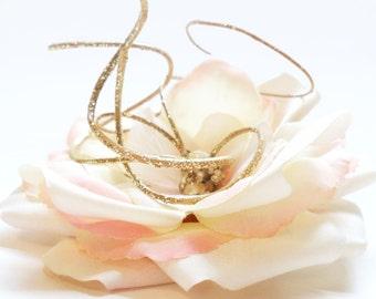 Bridal Hair Clip, Cream and Pink Rose, Flower Garden Wedding Accessory, flower hair clip, off white wedding fascinator for bride