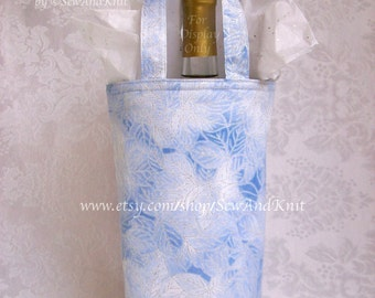 Insulated Wine Tote / Handmade Champagne Tote / Single Bottle Insulated Wine Gift Bag - Silver Metallic For Christmas, New Year, Anniversary
