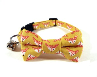 Cat / Small Dog Bow Tie Collar, Foxes in Gold