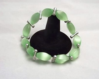 Blimey Limey Green Glass Bead Bracelet