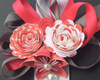 Paper Flower Wrist Corsage/ Bridal Bouquet // Kusudama Origami Bouquet/ Wedding/ Bridesmaid Bouquet/ Paper Flowers Corsage