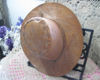 Vintage Cowgirl Leather Hat Hand Made In Mexico  Size Small,Cow Girl Hat,Cowboy Hat,Westen,Not Included in Coupon Sale :)S