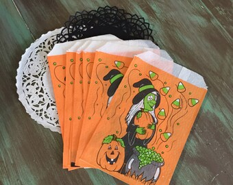 Halloween Treat Bags / 12 Vintage Halloween Witch Trick or Treat Bags