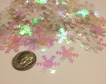 30 piece mix of iridescent and translucent snowflake confetti / sequins , 19 mm (8)