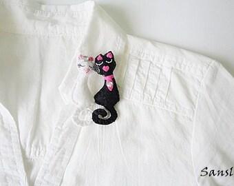 Felt brooch-brooch felt-felt pin-felt cat brooch-cat brooch-animals brooch-felt jewelry-felt accessories-Love cats brooch