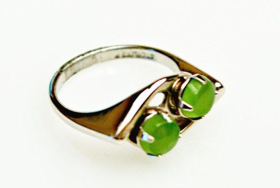Jade Ring - Sterling Silver - Green Nephrite  gemstone - size 4