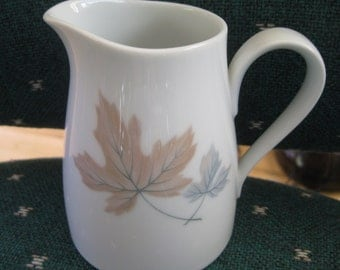 Noritake Maplewood Creamer Retro, Maplewood,  discontinued, Very good