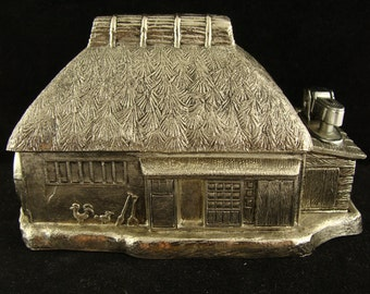 Vintage Japanese Box with Hut Design and Removable Lighter