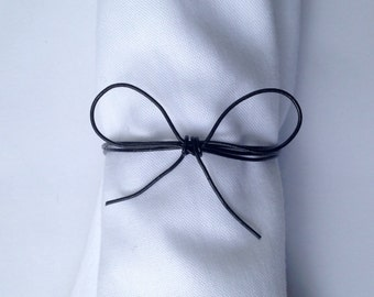 Black Bow Wire Wrapped Wedding Napkin Rings, Metal Napkin Ring, Napkin Holder, Black and White Wedding