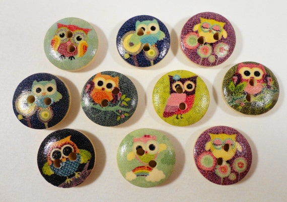 Wooden Owl Buttons 15mm Round Assorted Multicolor Painted Wood Owl Buttons Two Hole Buttons Scrapbooking Sewing Buttons Craft Supplies 10pc