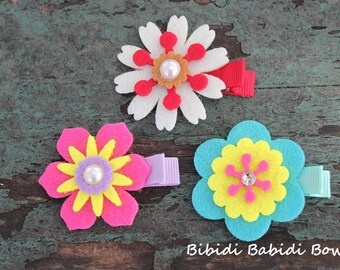 Felt Flower Hair Clips - set of 3 - Hair accessory- girl Hair clips - Birthday gift - Baby shower gift