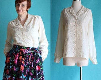 SALE: Vintage 70s Eyelet Blouse - Off White Cutwork Embroidery Blouse - Ivory Floral Collar Sheer Blouse - Cream Boho Blouse - Size Large