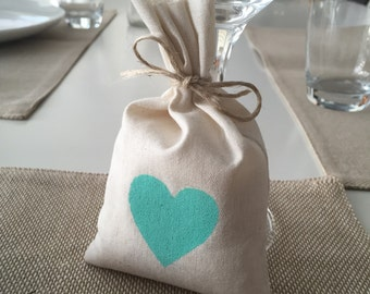 30 x Mint Green Heart Calico Wedding/ Party Favour Bags