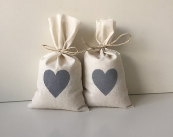 25 x MEDIUM Calico Party Favour Bags with Grey Heart