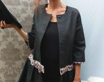 Jacket 3/4 black coated cotton / geometric motifs.14115.