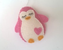 Felt penguin ornament - handmande felt ornaments - Christmas/Housewarming home decor - Baby shower - eco friendly