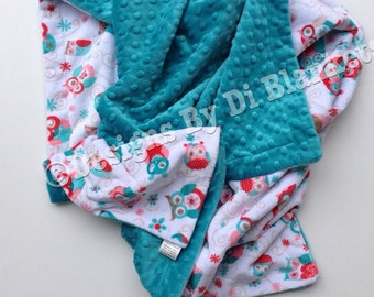 Minky Baby Blanket, Owl Baby Blanket- Coral and Teal Baby Blanket - Baby Girl Bedding. Car Seat Blanket. Stroller Blanket  Size  29 x 36in