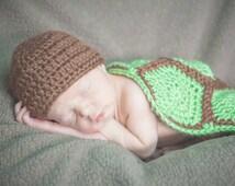 Newborn Turtle Cape and Hat Photo Set