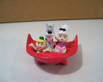 Vintage Jetsons Spaceship Pvc Figure, 1990 Judy Jetson, Elroy Jetson, Astro Dog