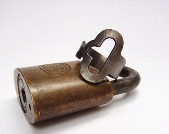 Antique Key Ring - Size 10.5 - Submarine Lockdown - Jewelry - Fashion - Vintage - Steampunk - Steel - Old Key