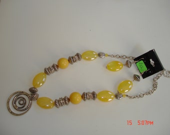 Yellow Set with Pendant