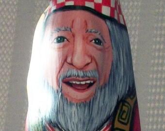 Santa with Poppyseed Cake