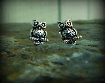 Sterling silver Owl earrings, post earrings, nature jewelry, bird earrings
