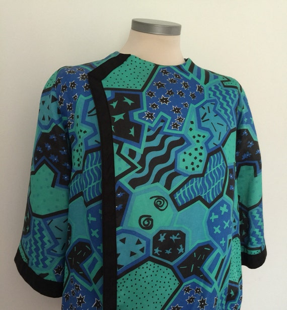 1960s blouse patterned top assymetric sketchy cartoon print jazzy avant garde arty new wave style 60s costume UK 12 14 unusual