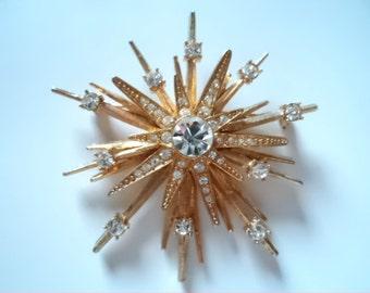 Vintage Signed Avon Goldtone Starburst Brooch/Pin (Stunning)