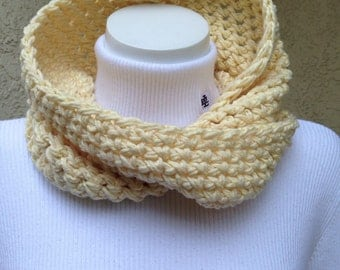 Yellow twisted infinity Mobus circle eternity scarf