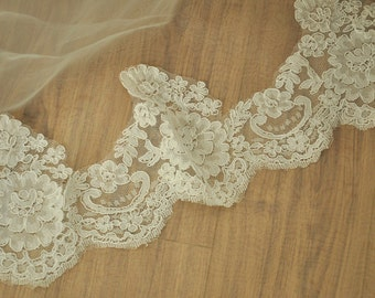 ivory alencon lace trim, 2 yards