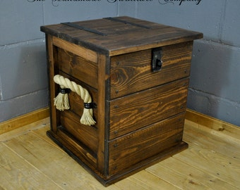 Small Dark Church Oak Coloured Storage Wooden Trunk Bed Side Table Rope Handles