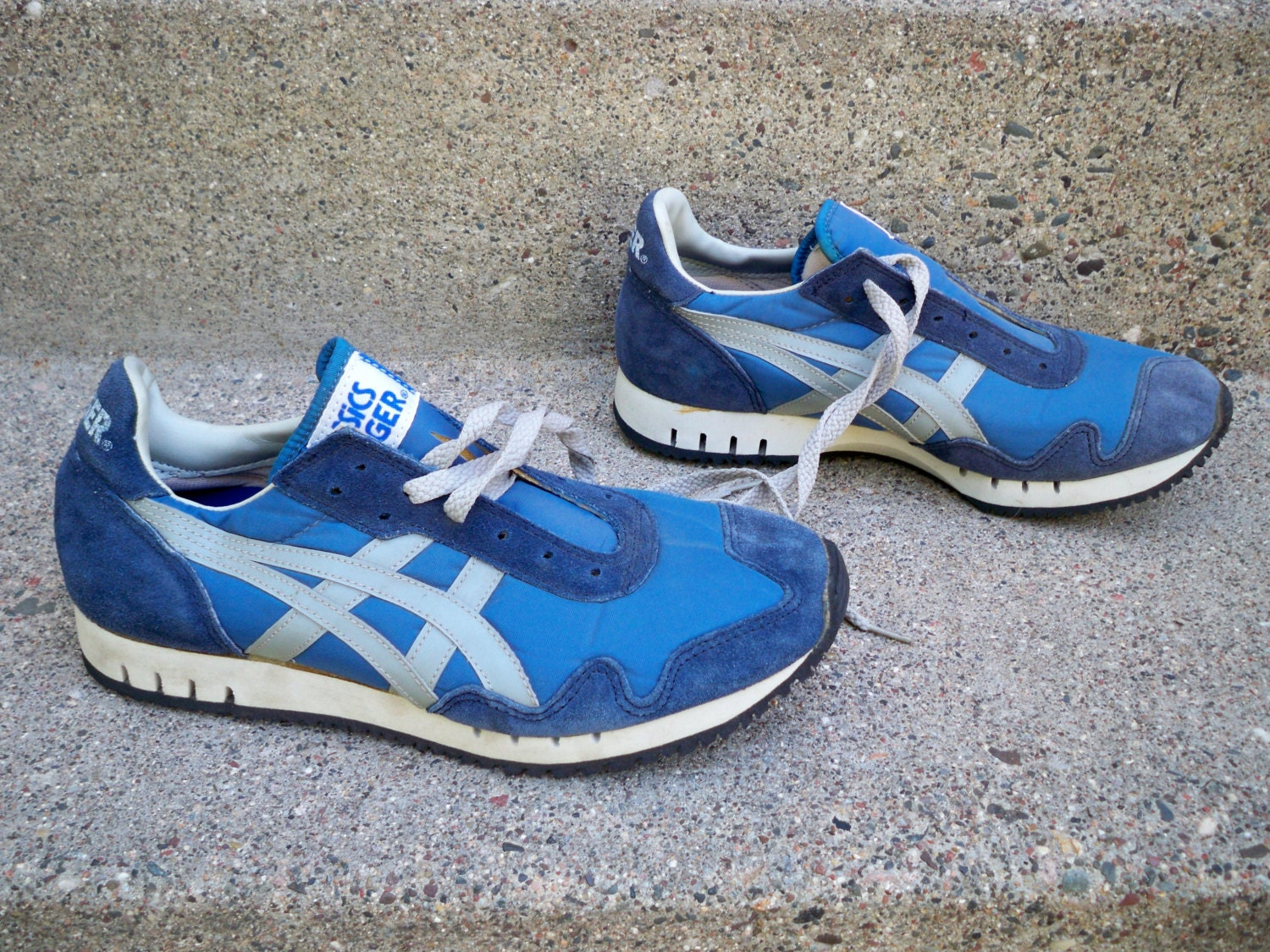 vintage asics tiger leather shoes