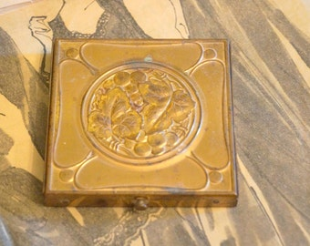 Vintage Gold Toned Compact
