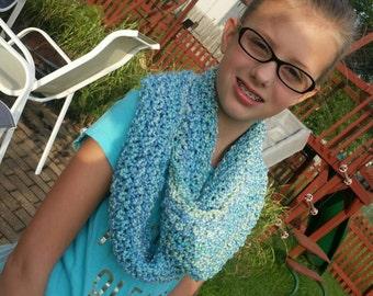 Gaptastic cowl, infinity scarf