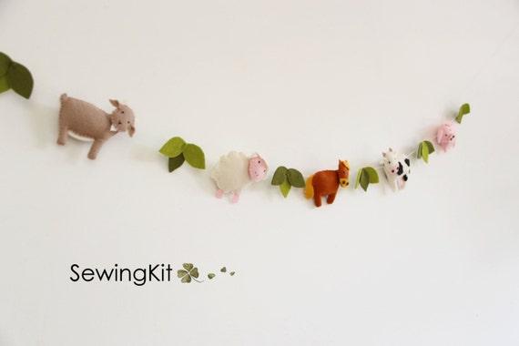 Diy nursery garland animal garland wool felt garland sewing - Kinderkamer decoratie ...
