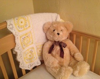 Yellow flowers with lacey edging baby blanket
