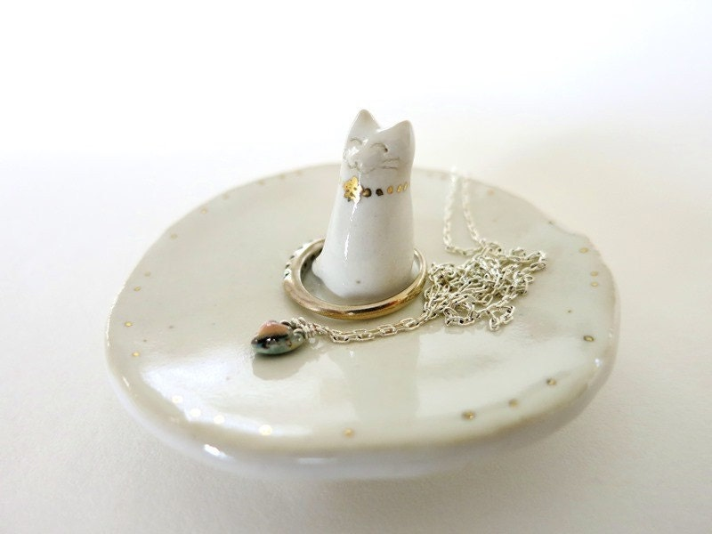 Amigurumi Kitty Ring Holder : Cat Ring Dish Trinket Dish Catcher Ring Holder Jewelry Ceramic