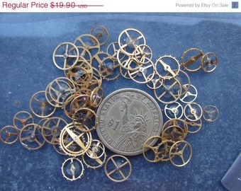 Vintage Tiny BRASS Gold Color Balance wheels / Steampunk Gears / Altered Art Industrial Mixed Media Assemblage Scrapbooking /  - Ww6