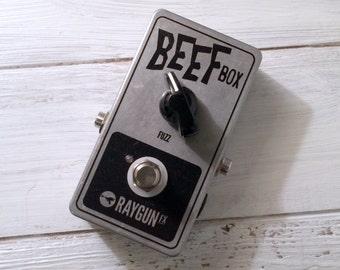 Raygun FX - Beef Box Fuzz pedal